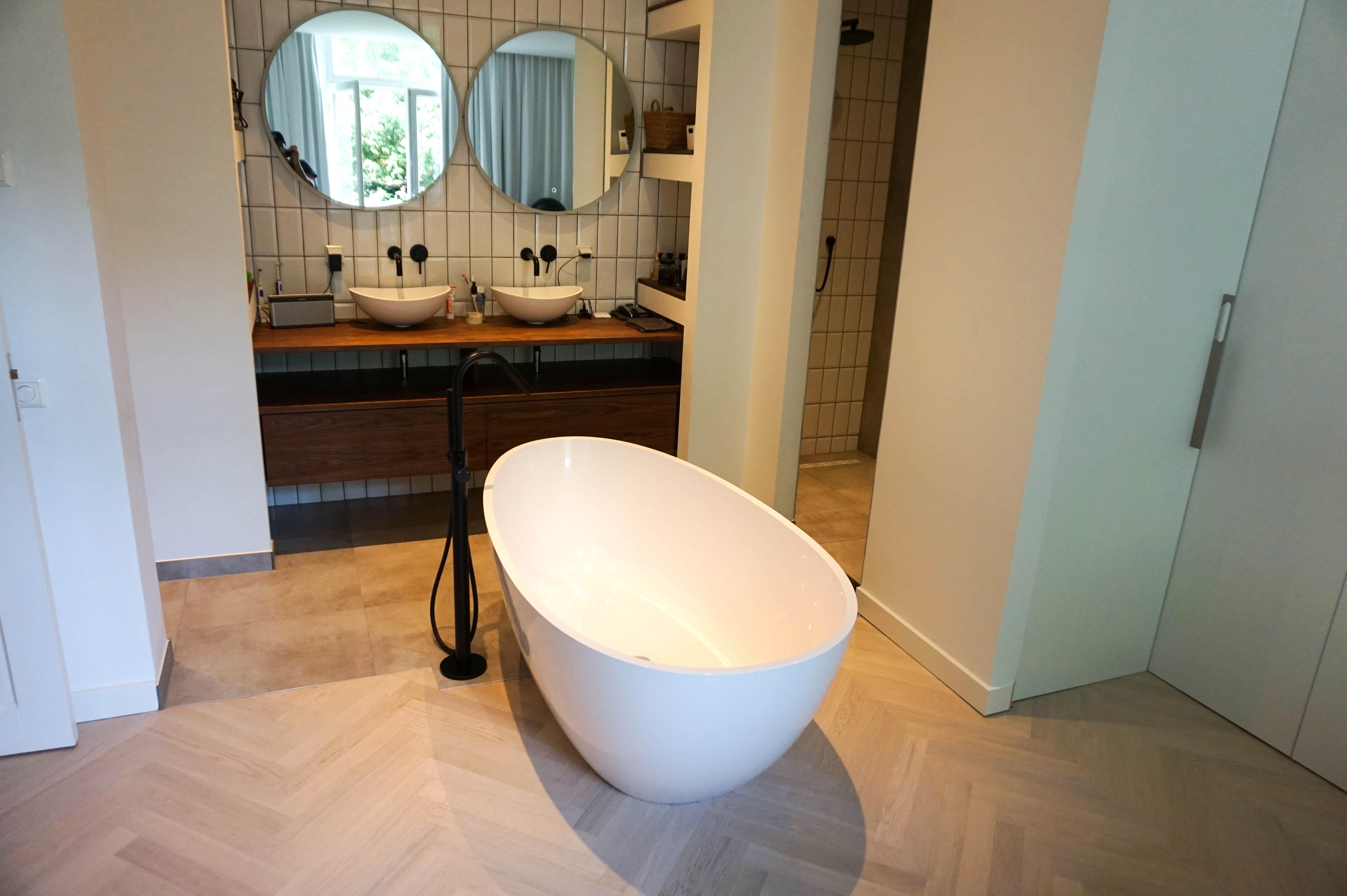 Badkamer En Suite : Suite van der valk hotel drachten